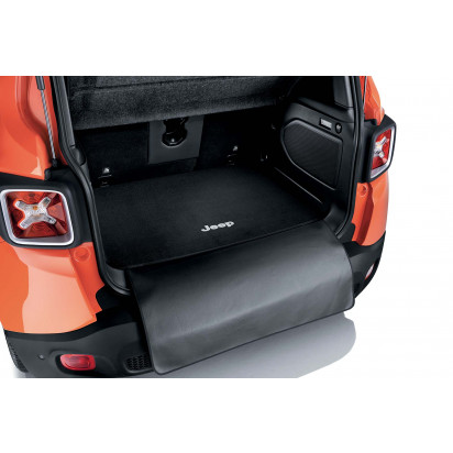 REVERSABLE CARGO MAT WITH PROTECTION FLAP